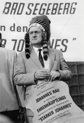 Johannes Rau  SPD-Kanzlerkandidat  als Indianer  1986