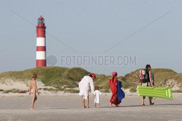 Abschied vom Sommer am groessten Strand Europas der Nordseeinsel Amrum im Wattenmeer