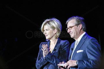 Carmen Nebel und Jan Hofer moderieren