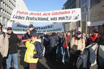 Putin dreht den Gashahn zu.Liebes Deutschland  was Machst du ?