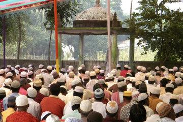 Prayer  Chittagong  Bangladesh