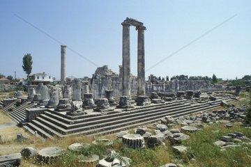 turkey  Pergamum  the fine remains of Trajan's Temple