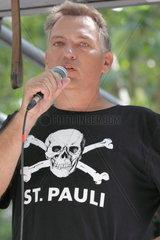 Jan van Aken  DIE LINKE  Protest gegen ssberwachung  Hamburg
