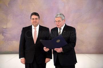 Gabriel + Gauck