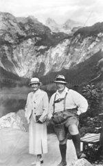 Goering mit seiner Frau im Bergen