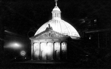 D-Berlin  1930  Hedwigskirche bei Nacht