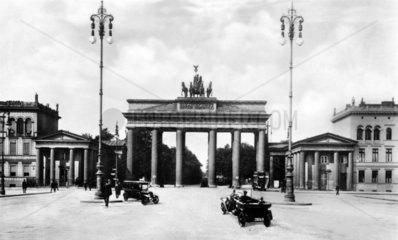 D-Berlin Brandenburgertor fruehster Torbau des europaeischen Klassizismus