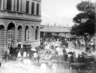 Platz vor der Boerse  Singapur ca. 1900
