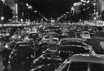 D-Berlin  Kudamm 1960 bei Nacht