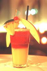 D-Berlin: Newton Bar Cocktail