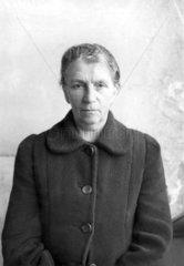 Kennkartenfoto Anna  Leipzig 1948