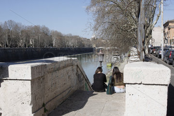 Pause am Tiber