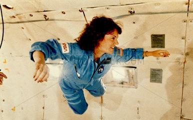 Christa McAuliffe experiences weightlessness  1986.