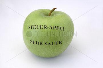 saurer Steuer-Apfel