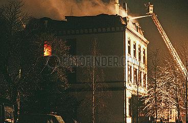 Brennendes Asylantenheim