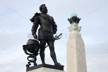 GB Plymouth - The Hoe - Statue von Sir Francis Drake