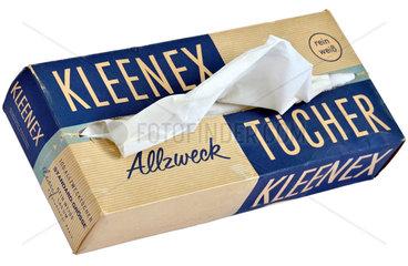 alte Kleenex-Tuecher  1960