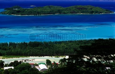 Anonyme island and Mahé island houses in the Seychelles