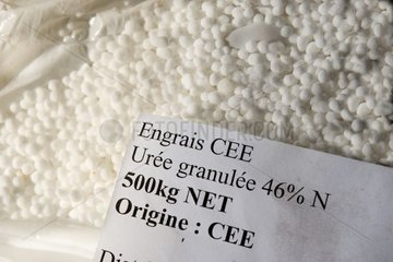 Bag of nitrogen fertilizer in the form of granulated urea France