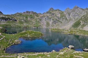 Lake Bersau  Pyrenees National Park  France