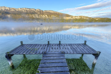 Morning mist on Lake Annecy in autumn  Haute Savoie  Alps  France