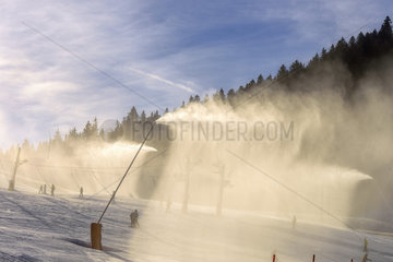 Snowmaking  Autrans ski resort  Meaudre  Massif du Vercors  Alps  France