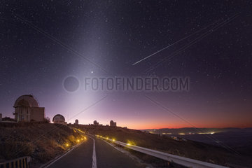 Zodiacal light and shooting star  La Silla Observatory  Atacama  Desert  Chile