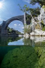 Saint-Etienne d'Issensac bridge  Herault  Occitanie  France