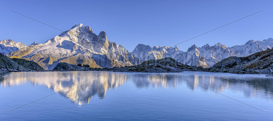 The Aiguille Verte and the Drus from the Lac Blanc in autumn  Massif des Aiguilles Rouges  Haute Savoie  Alps  France