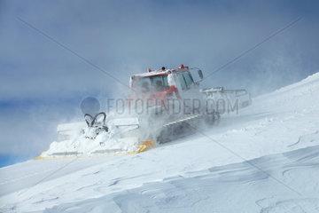 Groomer in action  Les Deux Alpes ski ressort  France