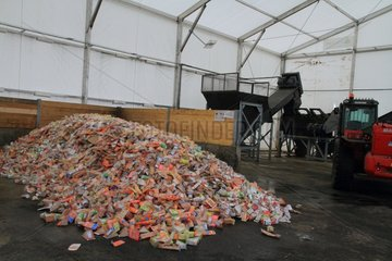 Food waste. Recycling of expired sandwiches from a large shop. Veolia plant. Grange (71)  France