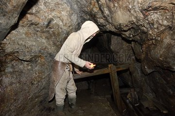 Minor pumping water into the mine   pageant  Animation Rush Money in the St. Louis mine Old silver mines of the sixteenth century   Sainte-Marie-aux-Mines   Alsace  France