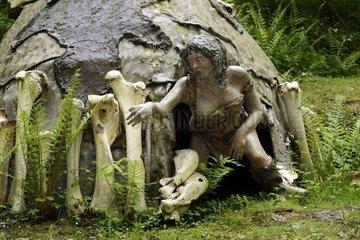 Ukrainian Mammoths hunters Hut  Upper Paleolithic   Prehistoric Park  Dino Zoo   Charbonnières -les-Sapins   Franche -Comté   France