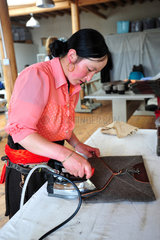 Weaving wool Yack - Tibet China