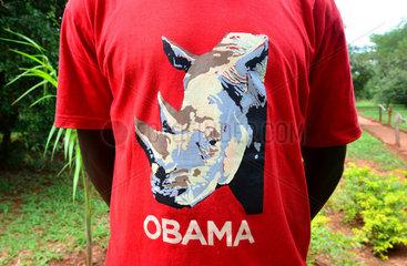 T-shirt depicting a rhinoceros - Ziwa sanctuary Uganda