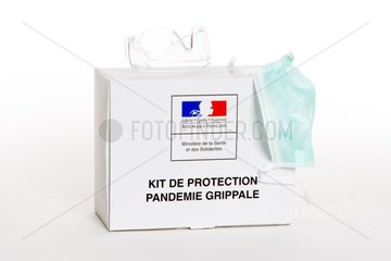 Protection materials against influenza pandemic France