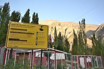 Volcanic Alert Sign  Baños Morales  Cajón del Maipo  Metropolitan Area of Santiago  Chile
