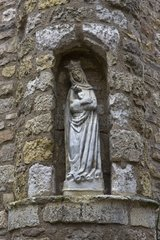 Statue of a Madonna and Child in a wall Cordes-sur-Ciel