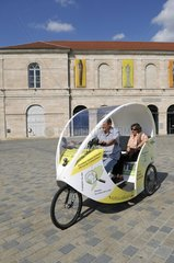 Cycling-electric bus to local transport Besançon