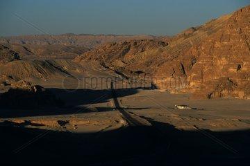 Route menant au monastère de Sainte Catherine Egypte