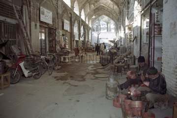 Artisants of copper working Bazard d' Ispahan Iran