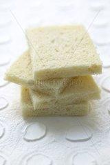 Sandwich bread in section Preparation of Welsh-rarebit 2/4