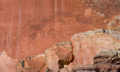 Petroglyhps (Fremont culture)  Capitol Reef National Park  Utah State Route 24  Utah  Usa  North America  America