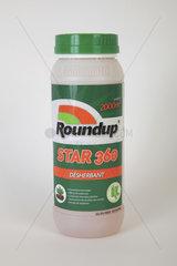 Glyphosate (Roundup) weed killer bottle in studio  France