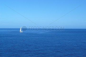 Voilier proche de l'ile de la Gomera Canaries