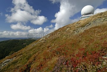 Radar of civilian aviation at the top of the Grand Ballon