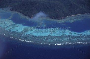 Vue aérienne du récif coralien aux Iles Fidji