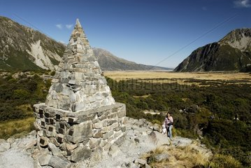 Monument commemorating alpinists lost in the Mount Cook NP