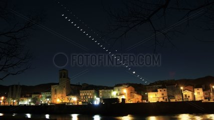 Moon and Venus lying down on the city of Langeac France