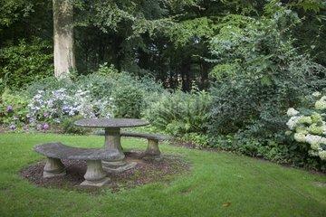 Resting place at Jardin du bois de Bonance
